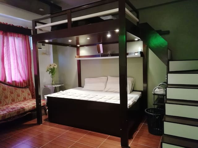 Condo near NAIA Terminal 1 & 2  in just 10mins.
