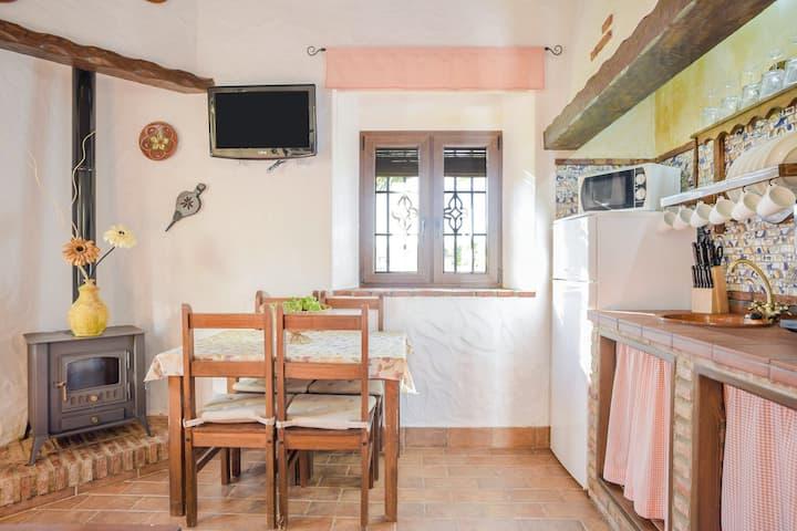 Rustikales Apartment El Almendro mit Pool, Terrasse, Klimaanlage und WLAN; Parkplatz vorhanden