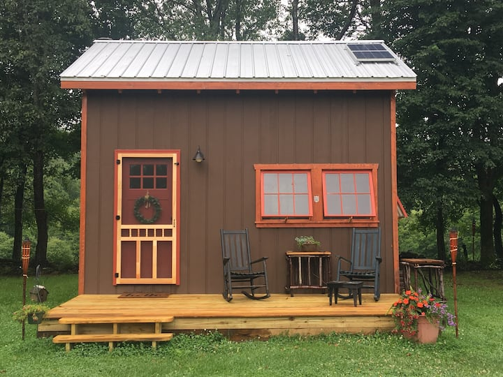 NEW! Fernberry Cabin. Off grid Post and Beam Haven