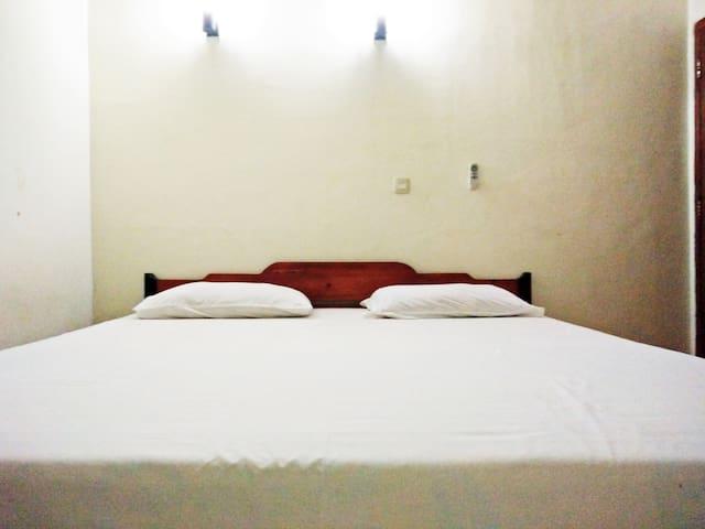 BIG BED - Kuta Lombok - Bed & Breakfast