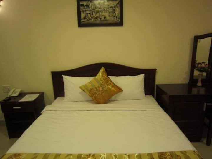 Nui Thanh Hotel with 4 different types of rooms