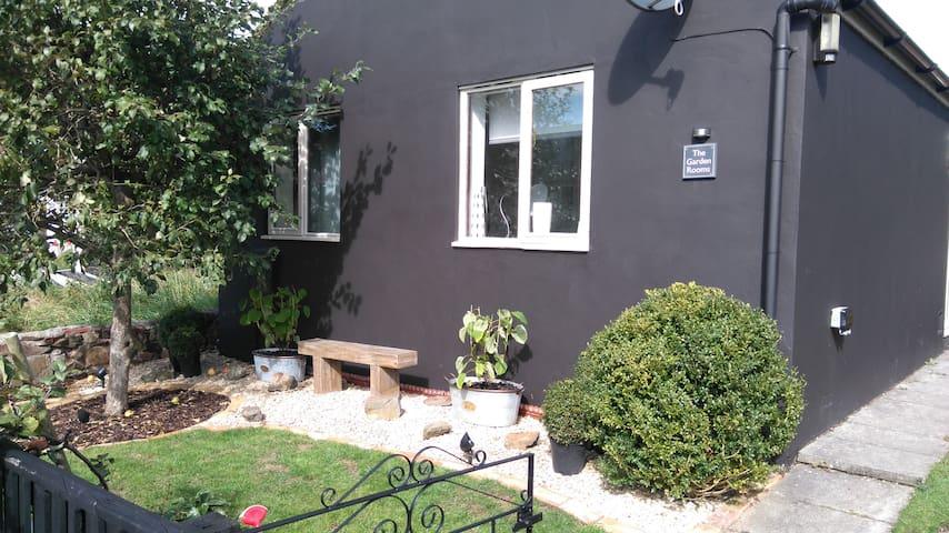The Garden Rooms-Nr Bath, Bristol, Wells & Cheddar