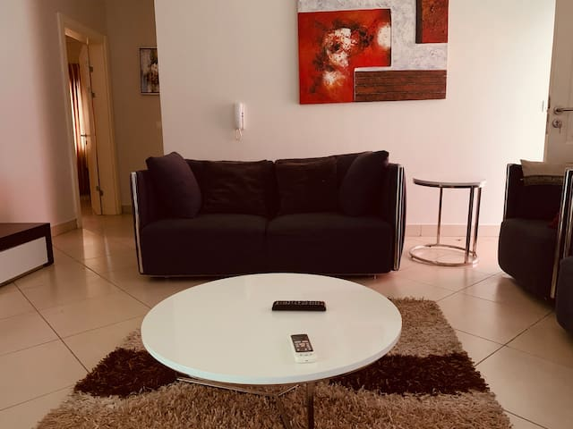 Posh 2BDRM Pad at The Ridge, Accra.