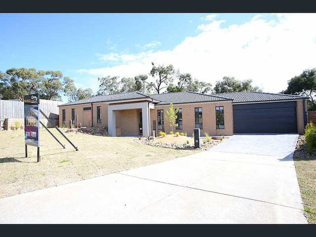 Comfortable, affordable home in Langwarrin