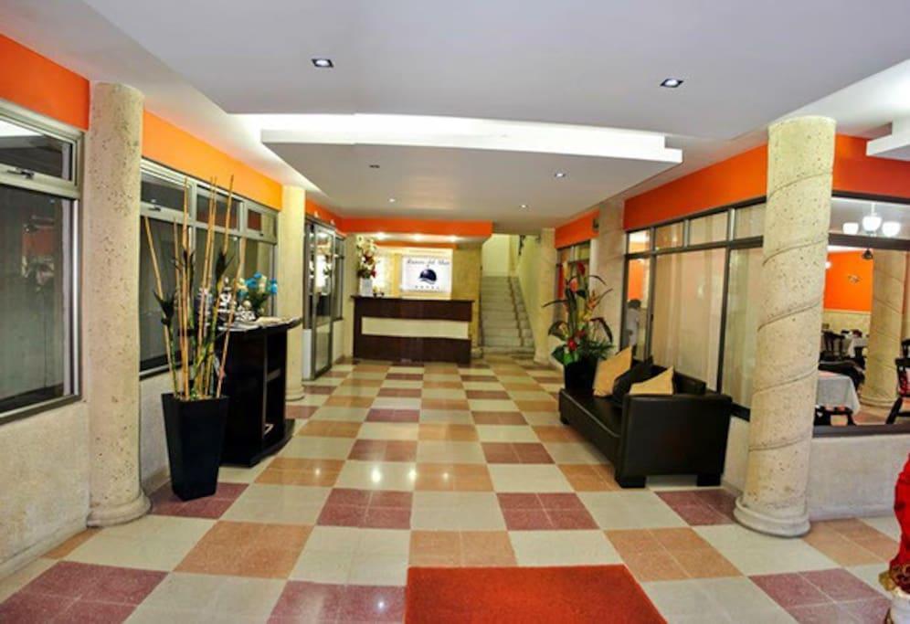 Lobby y restaurante