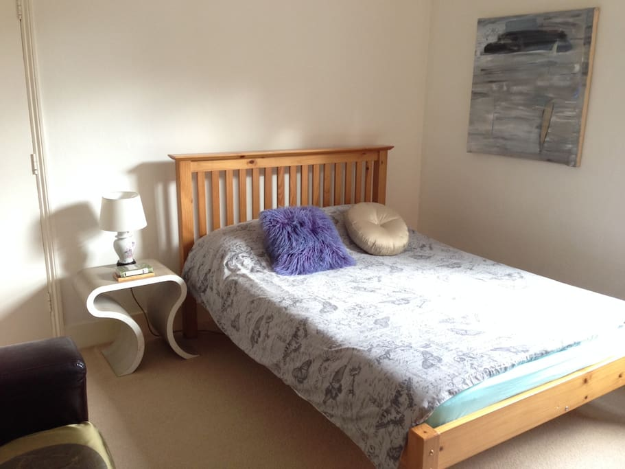 Lovely, Sunny, Quiet Double £40 per night
