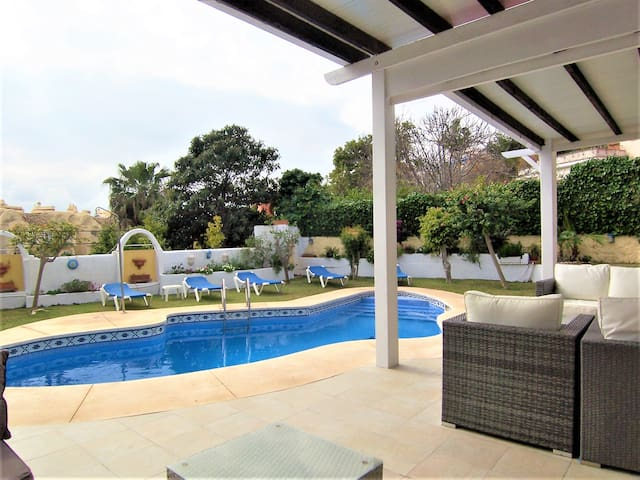 Beautiful 5 bedroom Villa next Benalmadena Marina