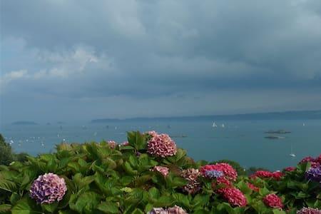Studio Face à la mer, baie Paimpol - Ploubazlanec - Dům