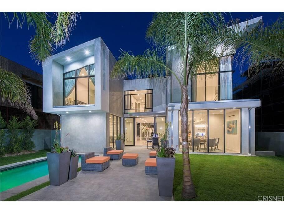 5b 5ba Newly Built Beverly Hills Ultra Modern Home