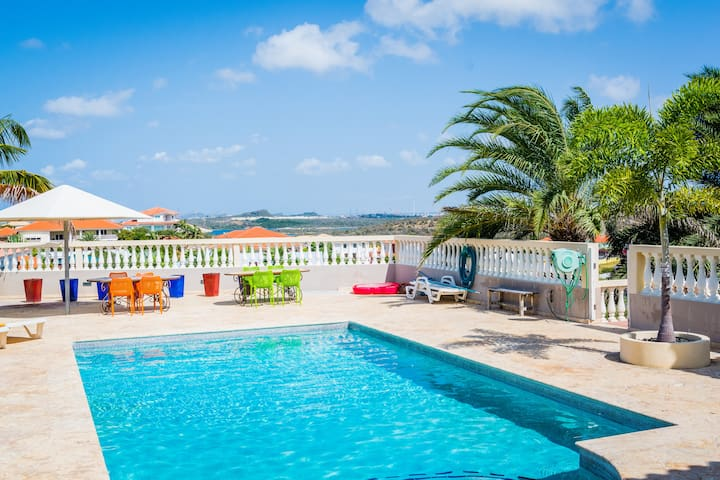 *NEW* Big villa with seaview in Jan Thiel - ジャンティエル - 別荘
