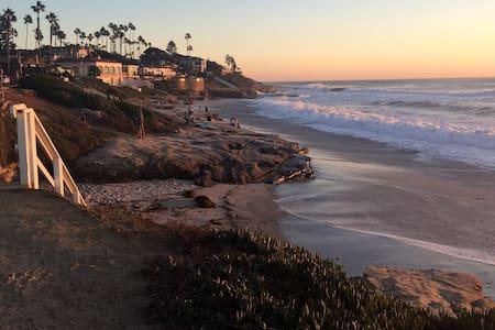 Windansea Beach Cottage - San Diego