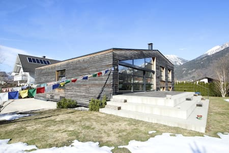 Alpine Base