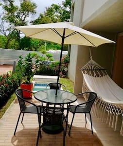 Apto soñado, Jacuzzi priv, piscina y lindo balcón