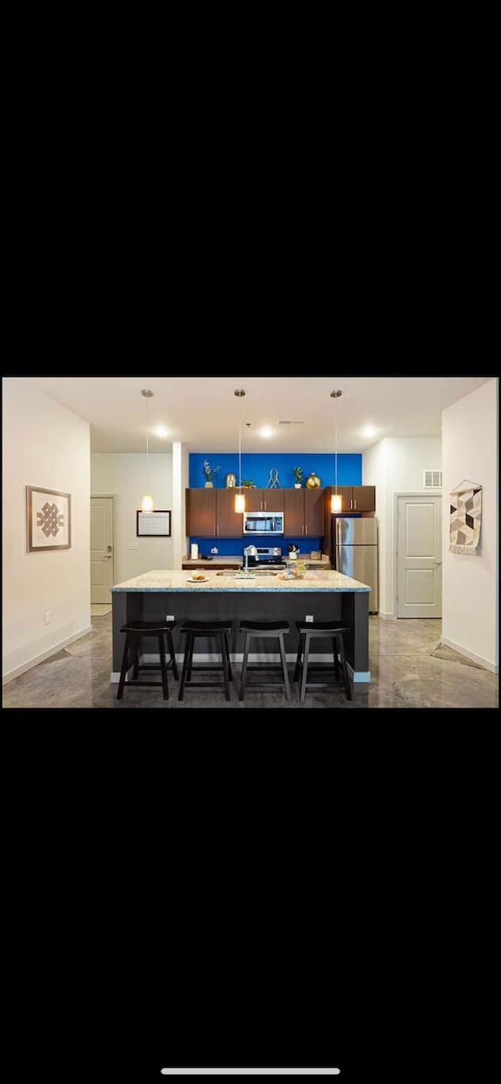 Modern living space in the heart of dowtown!