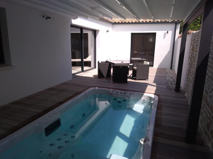 Maison de charme spa de nage & sauna privatifs