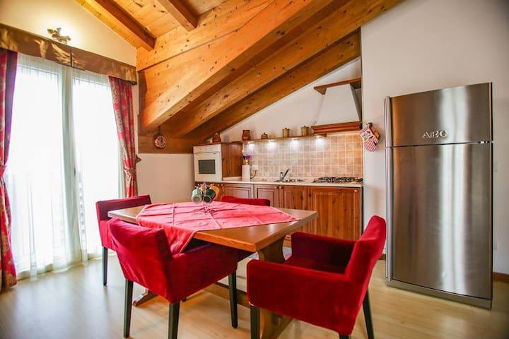 Villa Gioiosa appartamento Dolcezza - Piantedo - 레지던스