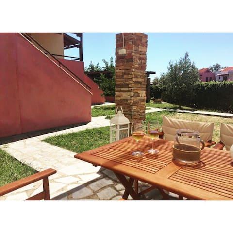 the private pergola terrace