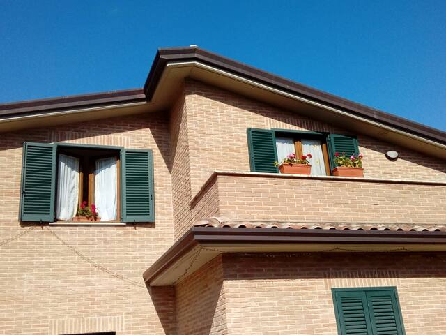 Villetta - In grande mansarda, PG/Olmo C.Argento