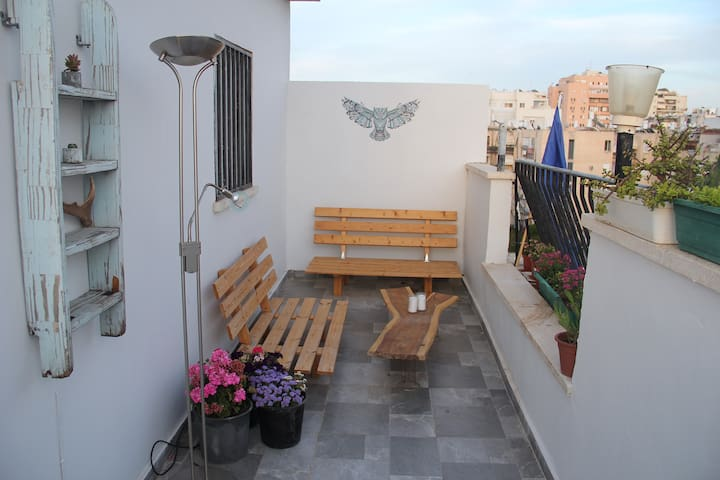 Unique Jaffa Rooftop - Cozy Private Room
