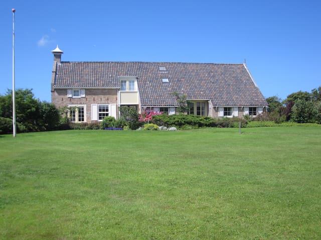 Vakantiewoning op ruim perceel dicht bij strand - Hollum Ameland - Lägenhet