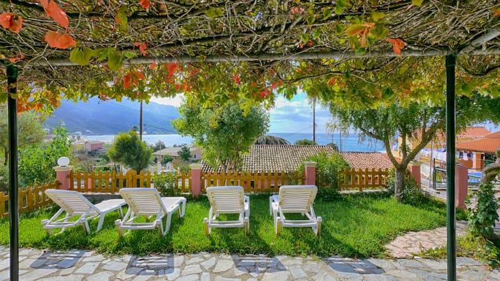 Eleana Studio 5 EG - mit Meerblick nur 80m vom Agios Georgios Pagi Strand entfernt