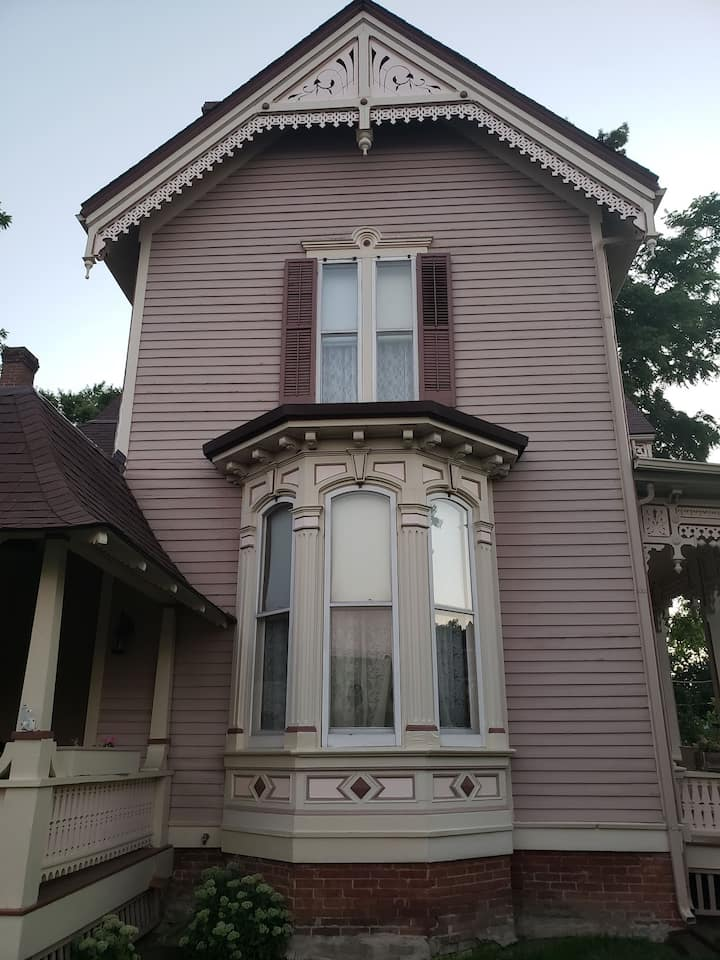 1878 Pink Italianate Clarkson W. Freeman House