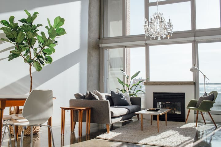 East facing floor to ceiling windows offer a sun-drenched suite in the mornings. Opaque white black-out blinds are there if you prefer to sleep in.