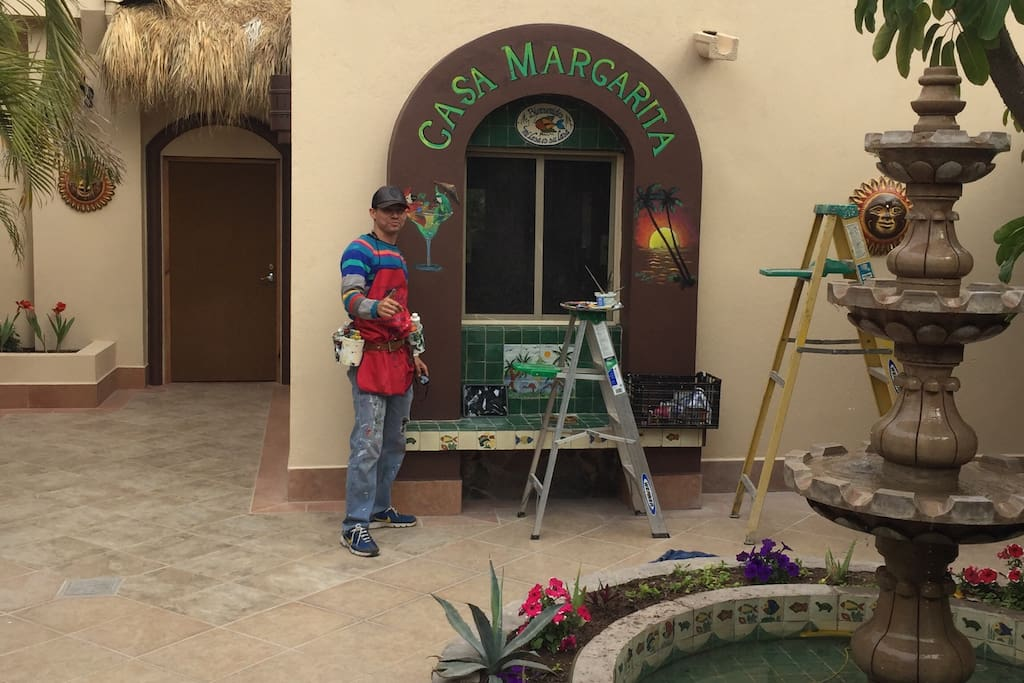 Local artist, Oscar Zapeda, has used his brush throughout Casa Margarita, creating a truly unique vacation experience for our guests.  More like a mini vacation resort than a private home.