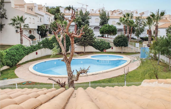 Terraced house with 2 bedrooms on 72m² in Gran Alacant