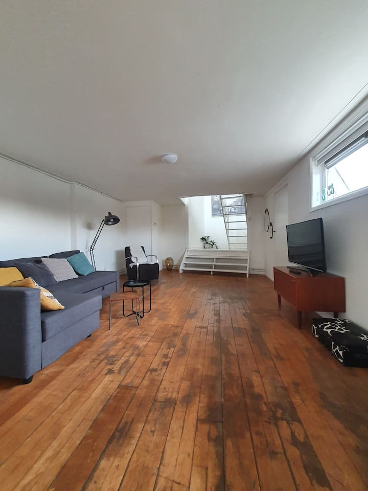 Beautiful loft 20min from Amsterdam