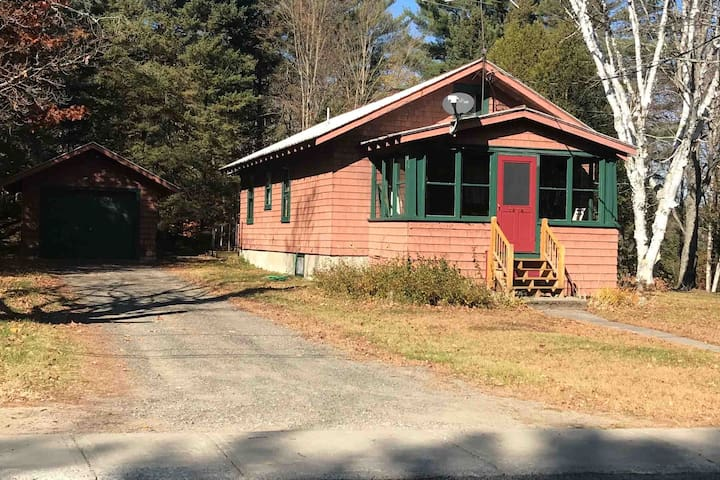 Cozy Central Adirondack Charmer