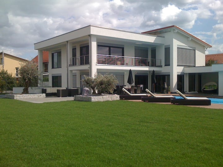 Luxus Villa Deluxe
