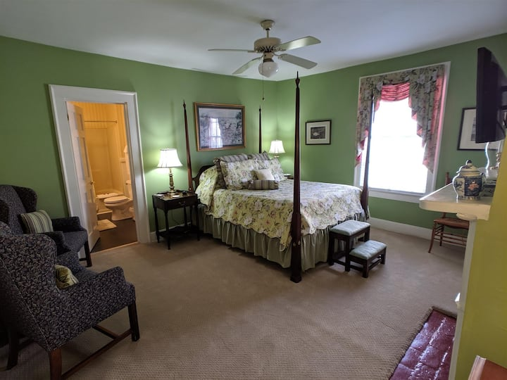 Benjamin Ellis House B&B- Little Coharie Suite