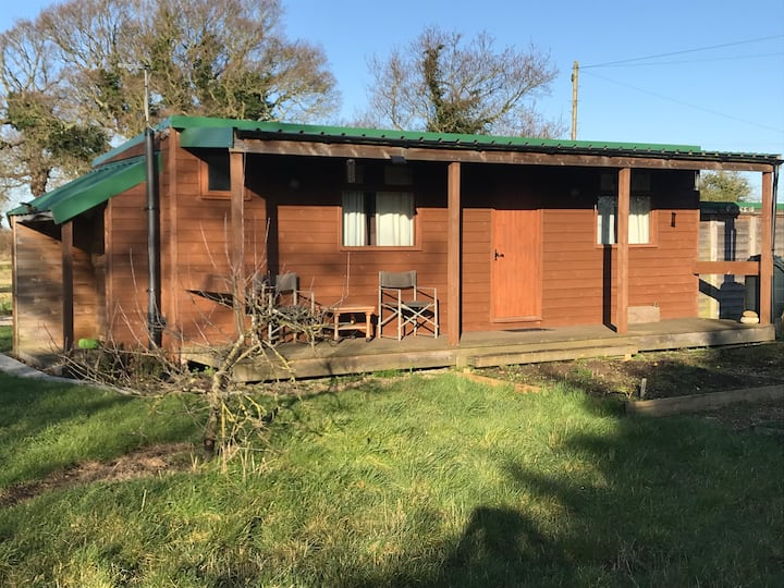 Self-contained cabin near Saltend Chemicals Park
