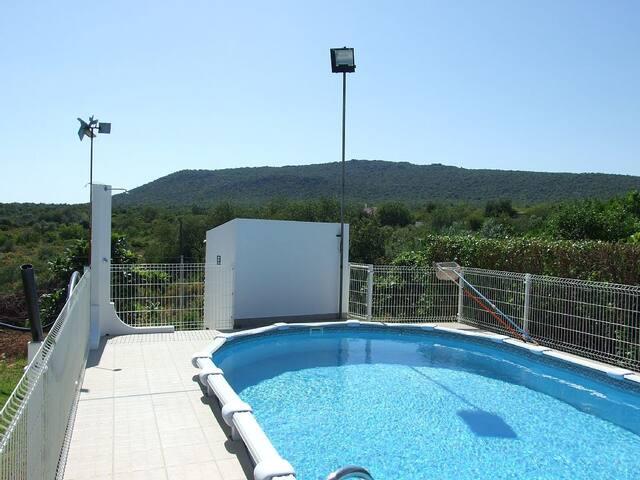 Paqui Villa, Moncarapacho, Algarve