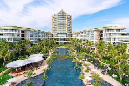 InterContinental PQ -2 Bedrooms Sea View for 4 pax