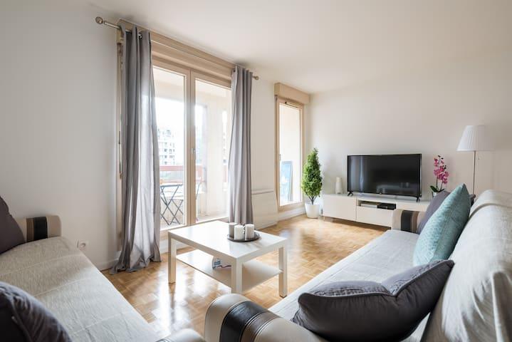 Bel et Spacieux Appartement de 84 m² avec Parking