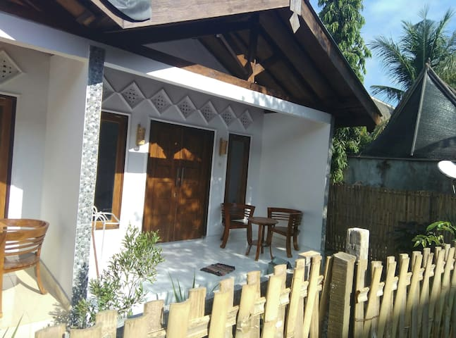 Gubuk kolot gili 2 - North Lombok Regency - Hus