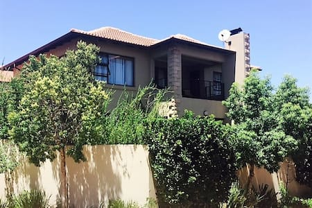 Comfortable Town House in Honeydew - Roodepoort
