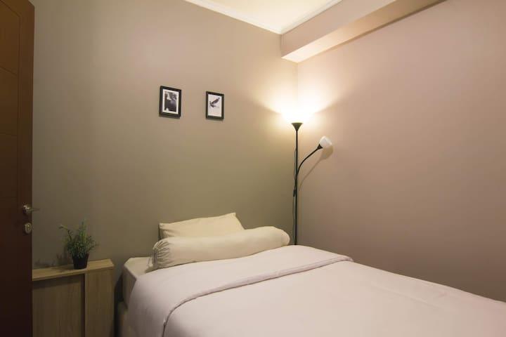 Third Bedroom (Single Bed)