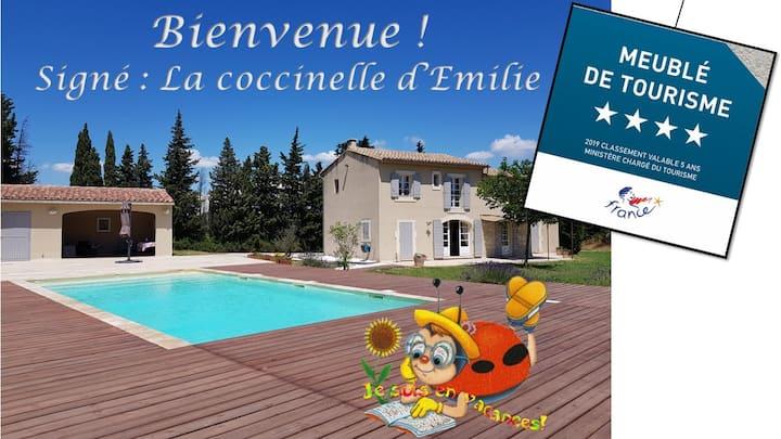 Cozy villa with private pool in Provence