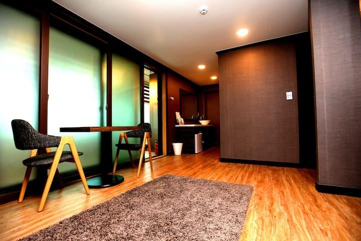 4 people room with 2 bunk bed in Gangnam, Sinsa - Sėoul - Bed & Breakfast