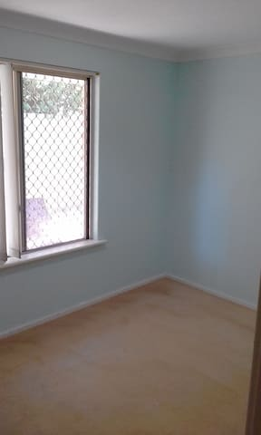 Fresh, relaxing and convenient room - Dianella - House
