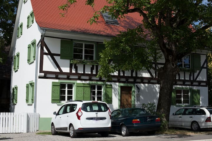 Apartment int the half-timbered house - Salem - Apartament