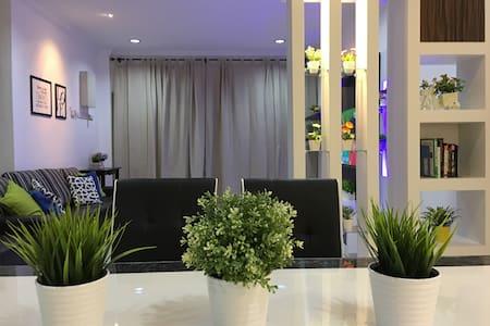 Melaka Homestay Comfy Link 马六甲悦馨民宿 - Melaka