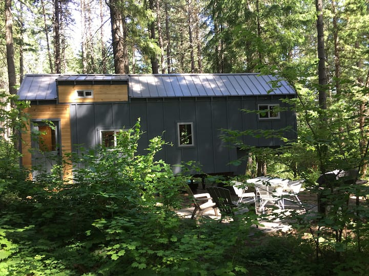 Forest Tiny-House Close to Town