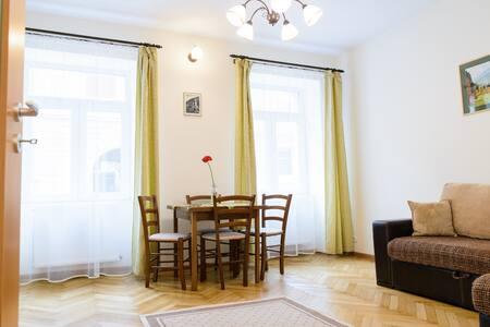 Ilse's Apartment