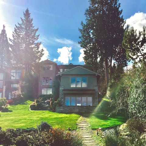 Water View Cottage in the Mercer Island,1BR - Mercer Island - Dom