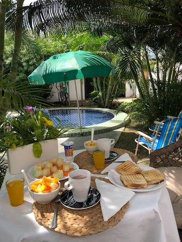 Breakfast at the terrace facing the garden