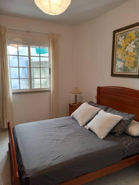 Appartement aan het strand in Portosin.